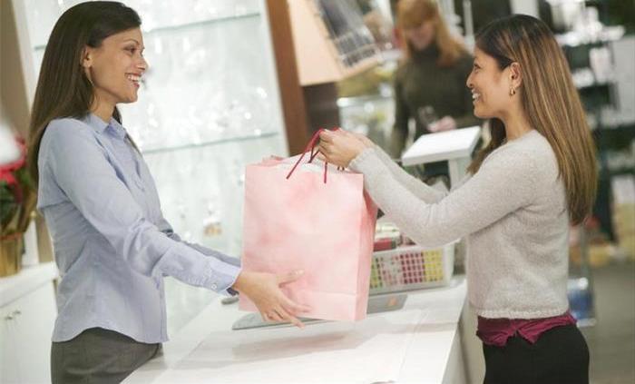 talking to customer